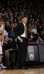 Head coach Porter Moser announced that Milton Doyle has transferred to Loyola from the University of Kansas! Loyola University Chicago, Basketball Coach, Athlete, Sports, Hs Sports, Sport