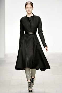 Fall 2011 Ready-to-Wear David Koma