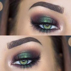 metallic emerald green smokey eye makeup