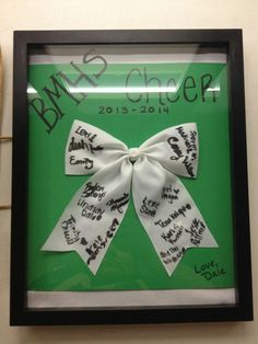 Autograph cheer bow and shadow box Lindsay and I made for the senior cheerleaders for senior night!!!! Cheer Coach Gifts, Gifts For Cheer Coaches, Gifts For Cheerleaders, Cute Cheer Gifts, Cheer Sister Gifts, Cute Cheer Bows, Cheerleading Team Gifts, Bling Cheer Bows, Cheer Dance