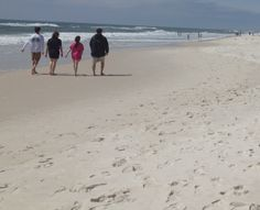 With average temperatures in the 60s, this is a great time of year for a walk on the beach! #GulfShoresPlantation