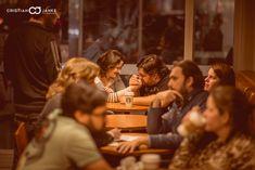 Ensaio pré casamento Vivi e Rafa, da Metade da Laranja Filmes, em São Paulo - Starbucks.