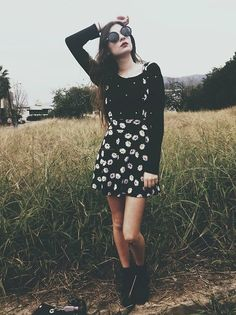 I have a skirt just like this. Damn her for wearing it better than me