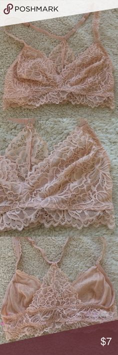Dusty rose bralett Xhilaration brand, got it from target for 16. Wore it once, perfect condition Xhilaration Intimates & Sleepwear Bras