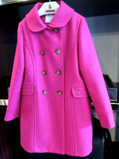 Brilliant pink wool coat for girls at Gucci fall/winter 2014 kidswear