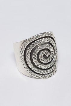 925 Sterling Silver Ring Circular Line Design In Stock.