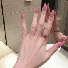 Acrylic Nail Tips, Almond Acrylic Nails, Rounded Acrylic Nails, Pointy Acrylic Nails, Pink Acrylic Nail Designs, Pink Acrylics, Classy Nails, Stylish Nails, Classy Almond Nails