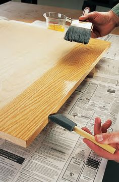 Learn Woodworking Use two brushes to control drips 20 Finishing Tips - Popular Woodworking Magazine Learn Woodworking, Woodworking Techniques, Popular Woodworking, Woodworking Furniture, Woodworking Crafts, Woodworking Projects, Woodworking Jigsaw, Woodworking Workshop, Woodworking Machinery