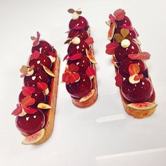 Plus que quelques jours #plazaathenee #dc #figue #creme #gourment #gastro #pastry #tarte #instagood #instalike #palace#teammusaplaza @team @maxence.barbot @adrien_dagbert @alexandre_dufeu @angelomusaofficiel @kevinjouhier . Elegant Desserts, Elegant Cakes, Sweet Desserts, Delicious Desserts, Types Of Desserts, Sweet Bar, Eclairs, Culinary Arts, Plated Desserts