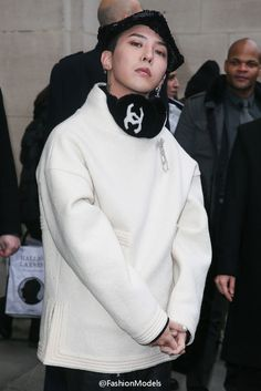 170124 G-Dragon at CHANEL Show in Paris