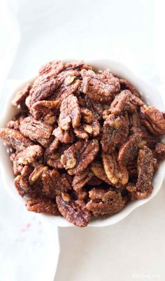 Maple Syrup Recipes, Pecan Recipes, Candy Recipes, Candied Pecans Recipe, Candied Almonds, Sugar Coated Pecans, Homemade Apple Pie Filling, Christmas Cooking, Holiday Desserts