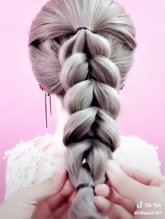 Easy Ponytail Hairstyles 10 Easy Ponytail Hairstyles The post Easy Ponytail Hairstyles 10 appeared first on Star Elite. Easy Hairstyles For Long Hair, Pretty Hairstyles, Girl Hairstyles, Easy Ponytail Hairstyles, Medium Hairstyle, Black Hairstyle, Hairstyle Ideas, Girl Hair Dos, Hair Girls