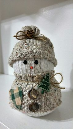 Cute sock snowman - great winter decor! More: