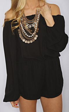 Get that boho chic look with an oversized gold statement coin necklace over your black romper! Spring Summer Fashion, Spring Outfits, Look 2015, Passion For Fashion, Dress To Impress, Lady, Cute Outfits, Fashion Outfits, Stylish