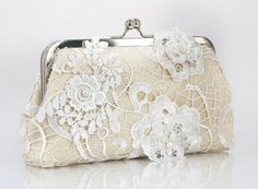 Bridal Lace Clutch with Freshwater Pearls in Champagne