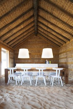 sand dining room