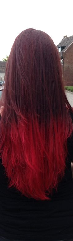 Ombre red hair,  So pretty! #ombrecolor