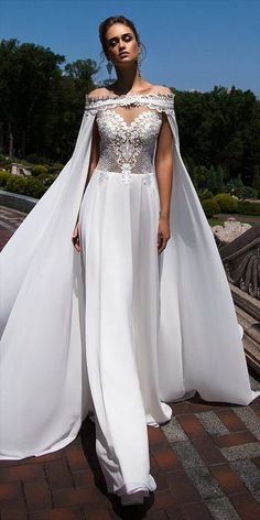Ida Torez Herbst 2017 Brautkleider - World of Bridal, Fall Wedding Dresses, Wedding Attire, Bridal Dresses, Prom Dresses, Wedding Hijab, Bridal Looks, Bridal Style, Fashion Show Themes, Wedding Jumpsuit