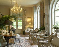Love the brick floor, chandelier, and the windows. Source : Bijsterveld