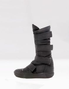 BOOTS MECHANIC LONG – DEMOBAZA Futuristic Shoes, High Top Boots, High Tops, Fashion Inspiration, Wedges, Cat, Collection, Black, Black People