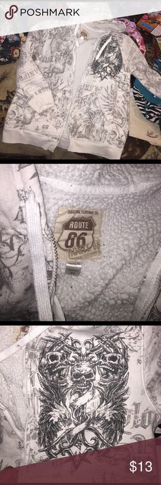 white sweater used soze M no zipper Route 66 Sweaters Zip Up