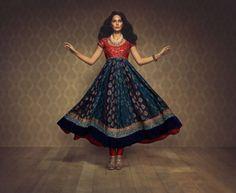 Haute Couture Indian Bridal Designer Namrata G. - Indian Wedding Site Home - Indian Wedding Site - Indian Wedding Vendors, Clothes, Invitations, and Pictures. Indian Bridal Wear, Indian Wear, Indian Style, Indian Ethnic, Pakistani Outfits, Indian Outfits, Ethnic Fashion, Asian Fashion, Punjabi Fashion