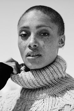 Adwoa Aboah has all her sisters with her. | Read more at H&M Magazine
