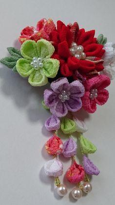 Kimono reincarnate how to make japanese kanzashi style flower mightylinksfo Gallery