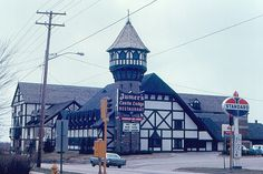 Jumer's Castle Lodge (now Radisson), Peoria, Illinois