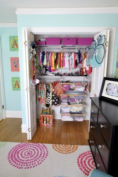 Oh Sheesh - hopefully I will get Layla's   closet looking semi close to this ....