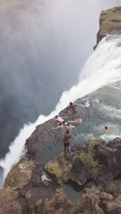 No ropes. No guardrails. Just you and the edge of the largest waterfall in the world. Beautiful Places To Travel, Wonderful Places, Cool Places To Visit, Places To Go, Beautiful Waterfalls, Beautiful Landscapes, Nature Photography, Travel Photography, Nature Gif