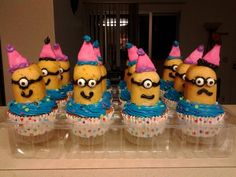 Minion Birthday Cupcakes! - for a girl's birthday, had to doll them up :)