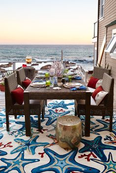 Pier 1's versatile Echo Beach Collection can help you take outdoor dining seaside—or to any other staycation destination you'd like to create. Handcrafted of all-weather rattan over a weather-resistant support and rust-resistant wrought iron frame, this modern design works beautifully with many outdoor styles. Check out all of our outdoor dining furniture to find the look that fits you best.