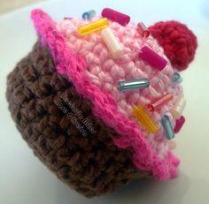 Tecendo Artes em Crochet: Vamos saborear um Cupcake?