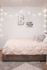 Teen bedroom wall decor best images about turquoise room decorations teen girl home interior company names Bedroom Layouts, Bedroom Themes, Room Decor Bedroom, Bedroom Ideas, Diy Bedroom, Bedroom Furniture, Bed Room, Bedroom Lighting, Bedroom Colors