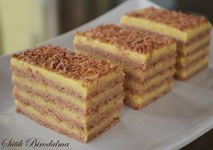 Very delicious shortbread. As a guest waiter you … – Pastry World Hungarian Cake, Hungarian Recipes, Shortbread, Cookie Recipes, Dessert Recipes, Russian Cakes, Pear Cake, Types Of Cakes, Wedding Desserts