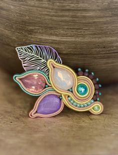 Colorful crystal soutache brooch with leaf in Boho style Silver Brooch, Beaded Brooch, Beaded Earrings, Soutache Bracelet, Soutache Jewelry, Beautiful Gift Boxes, Jewelry Party, Handmade Design, Teardrop Earrings
