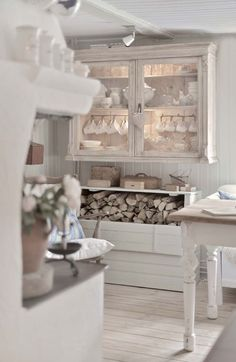 Breathtaking beautiful Swedish style kitchen with calm, peaceful decor - found on Hello Lovely Studio