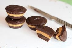 No-Bake Reese's Peanut Butter Cups Recipe - Eugenie Kitchen