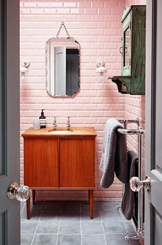 See you can even make cotton candy pink subway tile look cool!