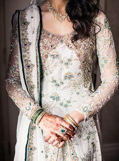 Bridal Elegance — beautifulsouthasianbrides: Photo by:Dave Abreu Pakistani Couture, Pakistani Bridal Dresses, Pakistani Outfits, Indian Dresses, Indian Outfits, Pakistani Clothing, Pakistani Engagement Dresses, Saris, Nikkah Dress