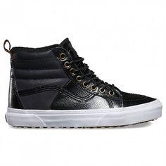 Sk8-Hi 46 MTE winter shoes for women by Vans.