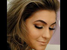 Maquiagem da cantora Adele por Alice Salazar