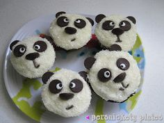 Persnickety Plates: Adorable Chocolate Panda Cupcakes