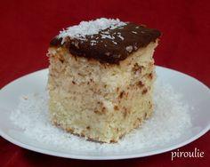 Fondant ultra moelleux sans farine ni gluten pour Pessah : ma meilleure recette de gâteau à la noix de coco Fondant, Gluten, Vanilla Cake, Sweet Tooth, Deserts, Veggies, Coconut, Vegan, Baking