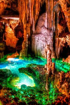 Amazing Places you Should Visit in Your Life - Luray Caverns, Virginia. just passed this exit 2 days ago Places you Should Visit in Your Life - Luray Caverns, Virginia. just passed this exit 2 days ago. Places Around The World, Oh The Places You'll Go, Places To Travel, Places To Visit, Around The Worlds, Beautiful World, Beautiful Places, Amazing Places, Amazing Things