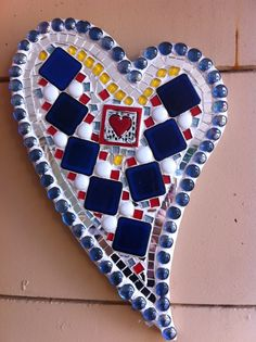 Mosaic heart Mosaic Diy, Mosaic Garden, Mosaic Crafts, Mosaic Projects, Mosaic Wall, Mosaic Glass, Mosaic Tiles, Stained Glass, Oh My Heart