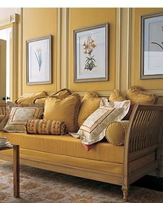 Dark Yellow On this daybed, opulent fabrics and a rich palette of burnt red, deep gold, and pale cream and gold create a sense of depth. Gold Walls, Gold Rooms, Mellow Yellow, Mustard Yellow, Mustard Walls, Orange Yellow, My Living Room, House Colors, Fall Decor