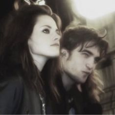 Twilight Cast, Twilight Pictures, Twilight Movie, Twilight 2008, Robert Pattinson, Edward Cullen, Alice Cullen, Foto Filter, Movies And Series