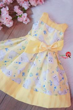 1 million+ Stunning Free Images to Use Anywhere Baby Girl Dress Design, Girls Frock Design, Kids Frocks Design, Baby Frocks Designs, African Dresses For Kids, Dresses Kids Girl, Kids Outfits Girls, Kids Dress Wear, Kids Gown